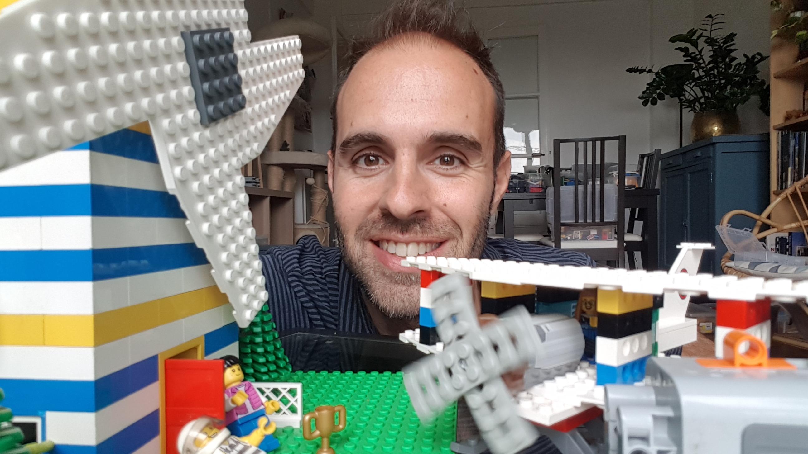 des ateliers enfants ingénierie ave Antoine au 8petion à Paris 11